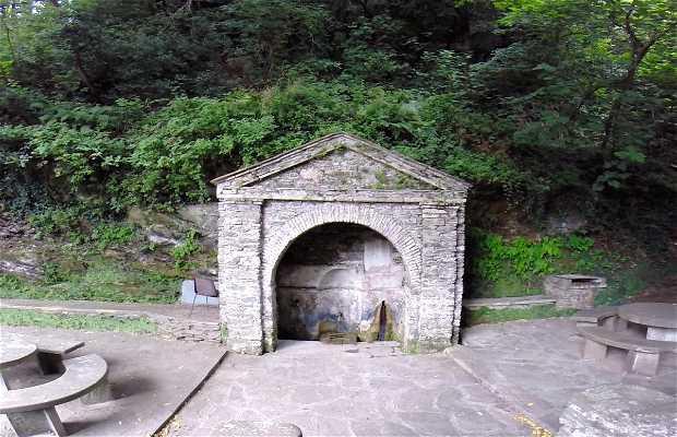 Fontana de El castellu