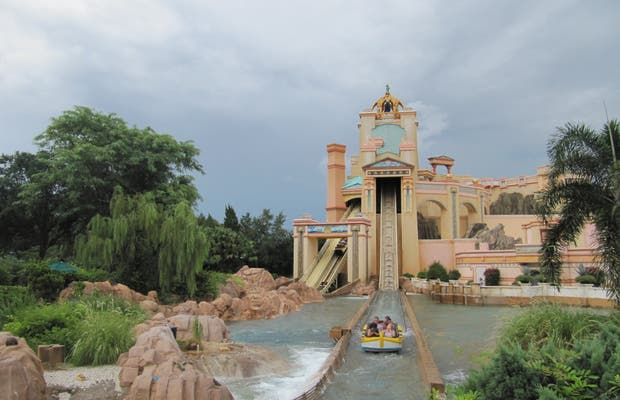 Journey to Atlantis (Sea World)