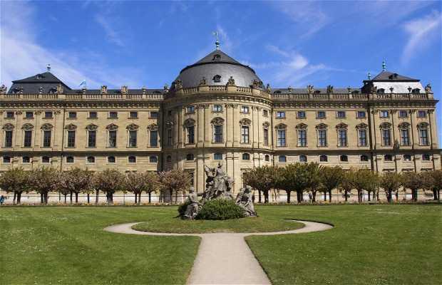 Residencia de Wurzburgo y jardines de la corte