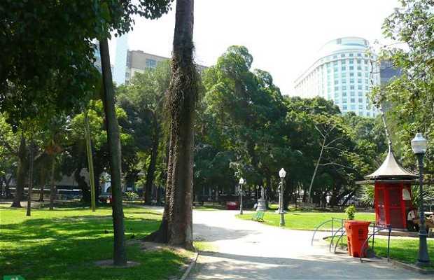 Public Promenade