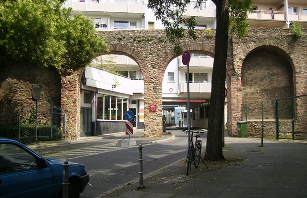 Staufer wall