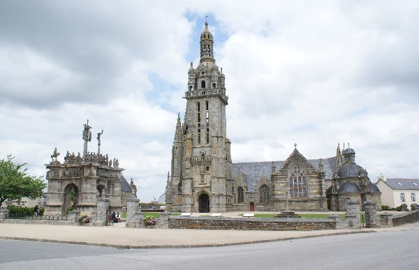 Pleyben's parish