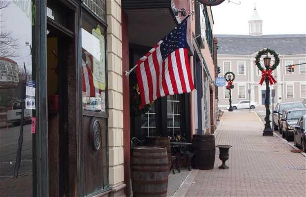 Hanafin's Irish Pub