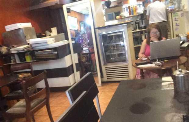 Cafe (Converseria) de Julio