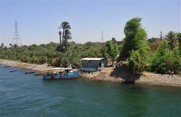 O Rio Nilo entre Luxor e Assuão
