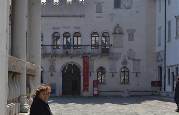 Plaza Tito