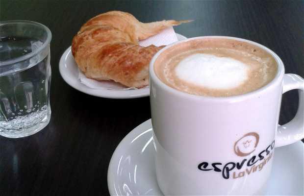 Zá Zá. Café – Bar