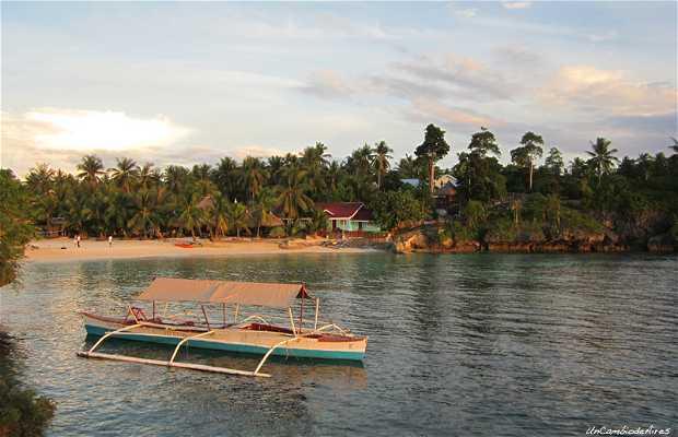 Mangodlong Beach