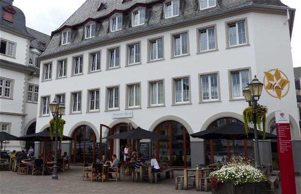 Alstad Café