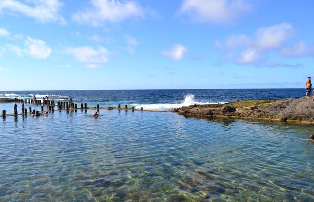 Playa de roque prieto en santa mar a de gu a de gran canaria 6 opiniones y 19 fotos - Piscinas naturales galdar ...