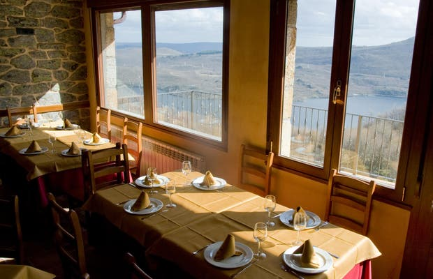Restaurante El Balcón del Lago
