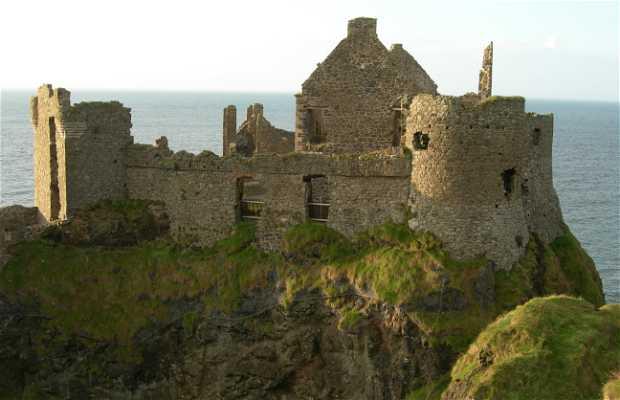 Castello di Dunluce a Bushmills in Irlanda