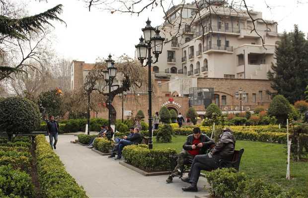 Haydar Aliyev garden