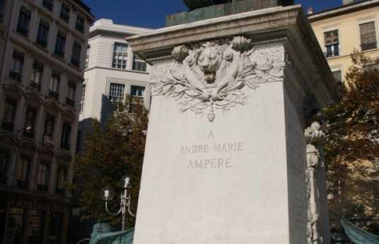 Estatua André-Marie Ampère