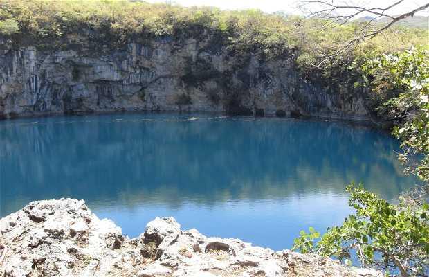 Cenote de Candelaria (El Grande)