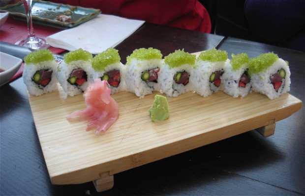 Usaka Sushi Bar