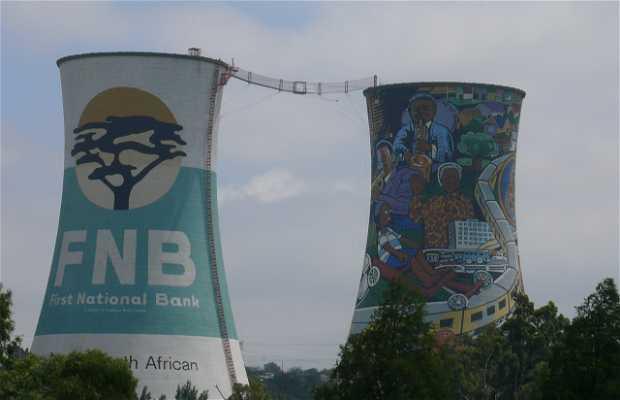 Ciminiere della centrale elettrica di Soweto
