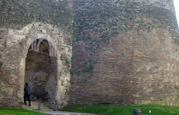 Puerta Falsa o del Boquete