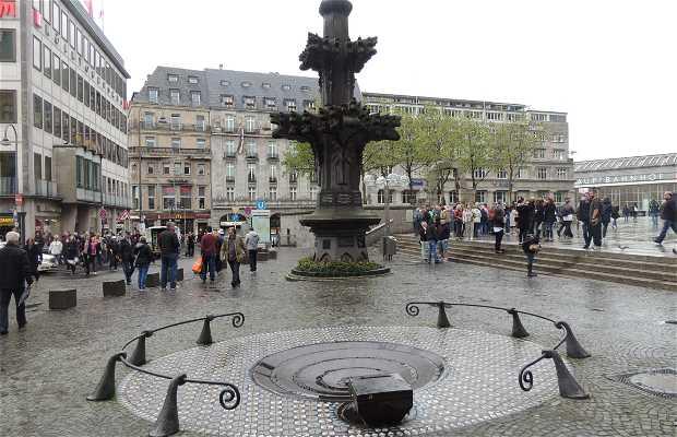 Plaza Kardinal Höffner