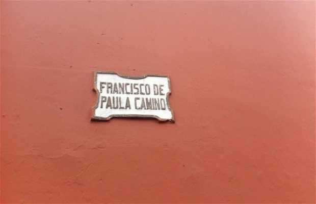 Calle Francisco de Paula Camino