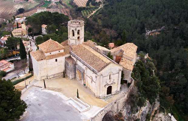 Castillo e Iglesia de Santa María