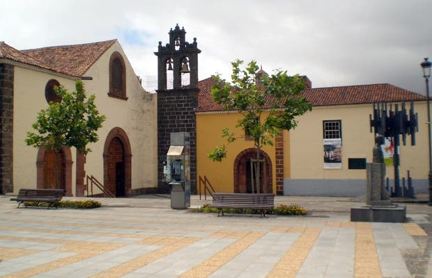 Piazza Santo Domingo a la Laguna a Tenerife