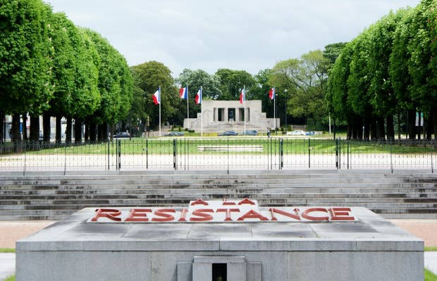 Tribute to the Martyrdoms of the Resistence