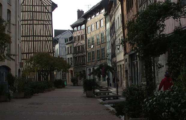 La Rue Eau-de-Robec