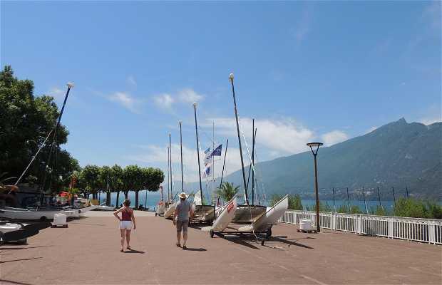 Paseo del Lago - Boulevard du Lac