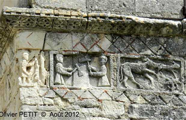 Eglise romane Saint-Restitut