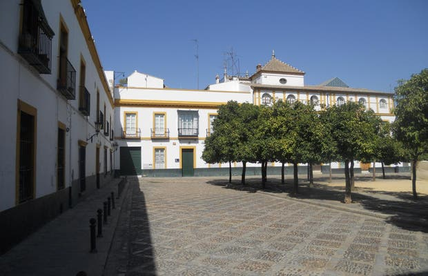 Plaza Patio de Banderas