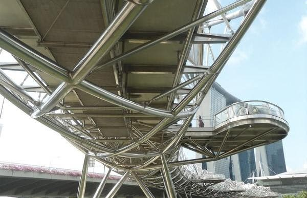 Pont métalique Double Hélix de Singapore