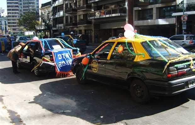 Caravana Taxistas a Beneficio Hospital Gutierrez