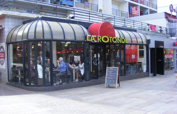 La Rotonde Bar