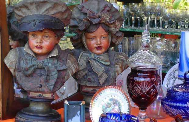 Feria de Anticuarios de la Estación Barrancas, barrio de San Isidro