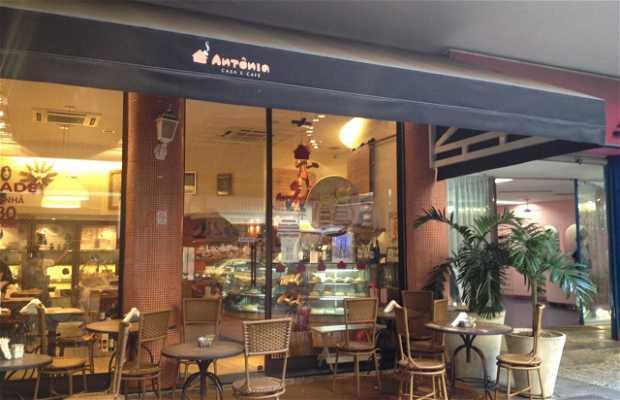 Antônia Casa e Café