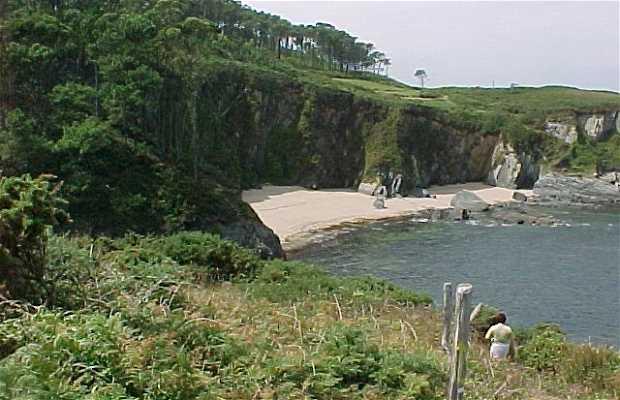 Ruta por la costa de Puerto de Vega a Navia