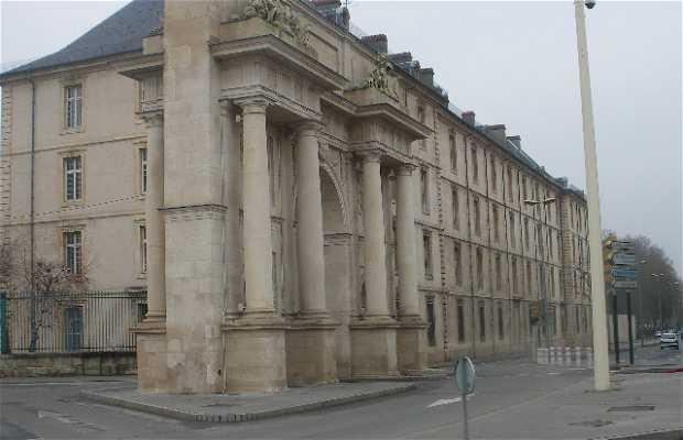 Puerta Sainte Catherine
