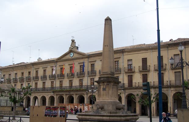 Plaza de Don Francisco de Navarra