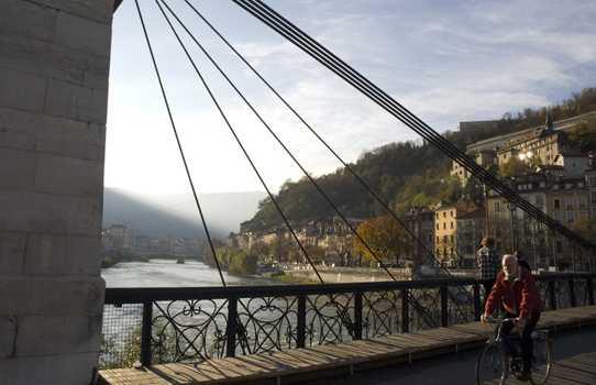 El puente viejo de Grenoble