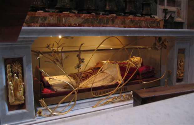 Restos de Juan XXIII en la Basilica de San Pedro