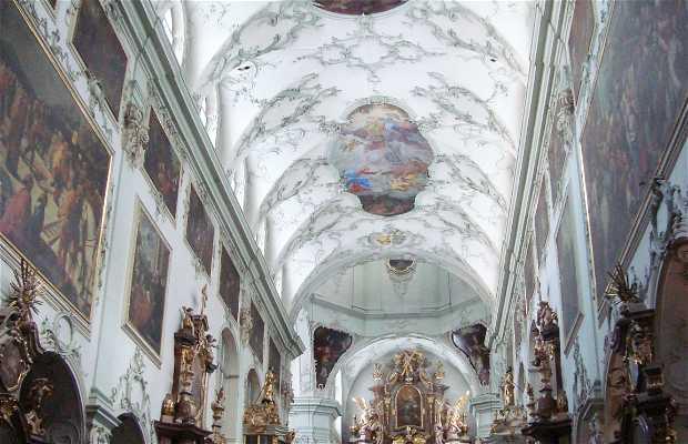 Iglesia de San Pedro - Stiftskirche St Peter