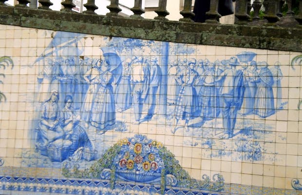 Panel of Tiles (Rossio) in Viseu: 3 reviews and 6 photos