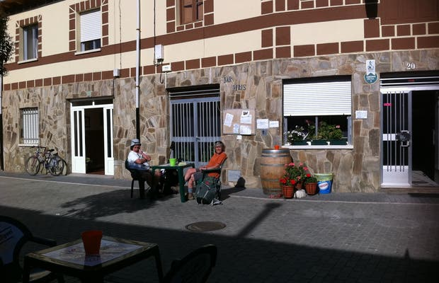 Bar Piris à Villares de Orbigo
