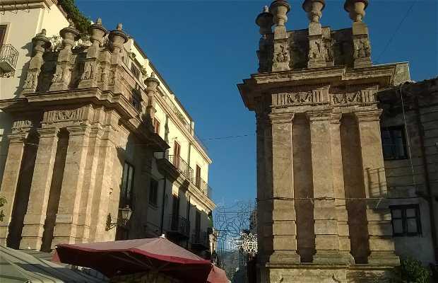 Porta Carini