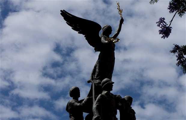 Monumento a los muertos de la Segunda Guerra Mundial