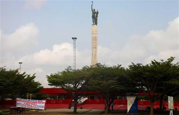 Plaza de Etoile rouge