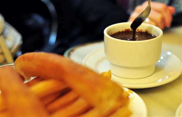 Chocolatería San Ginés