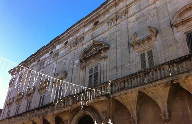 Palazzo Carissimo