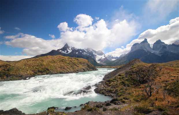 Salto Grande de Torres del Paine